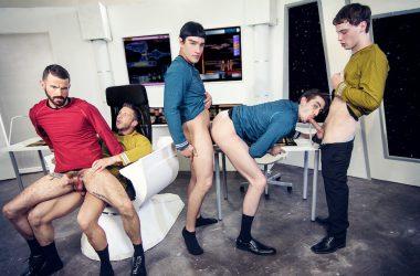 Star Trek A Gay XXX Parody Part 1