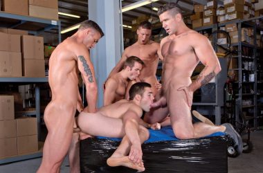 Hot Stud Five-Way Orgy!