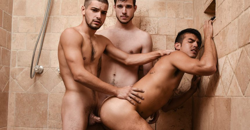 Studs have steamy sex under the shower