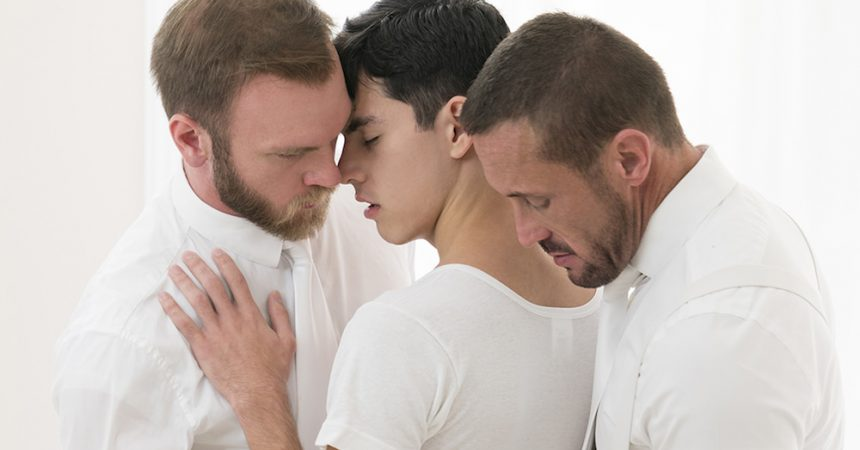 Mormon Boy Gets Raw Daddy Dick